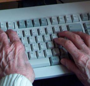 Redes sociales y mujeres mayores: estudio sobre la influencia de las redes sociales y la calidad de vida.